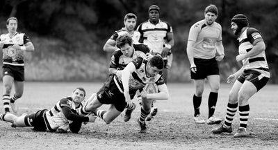 Giocatori di rugby durante una partita.